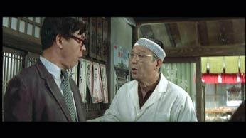 7321 おかしな医者役を演じていた松村達雄を代役に立て、第9作